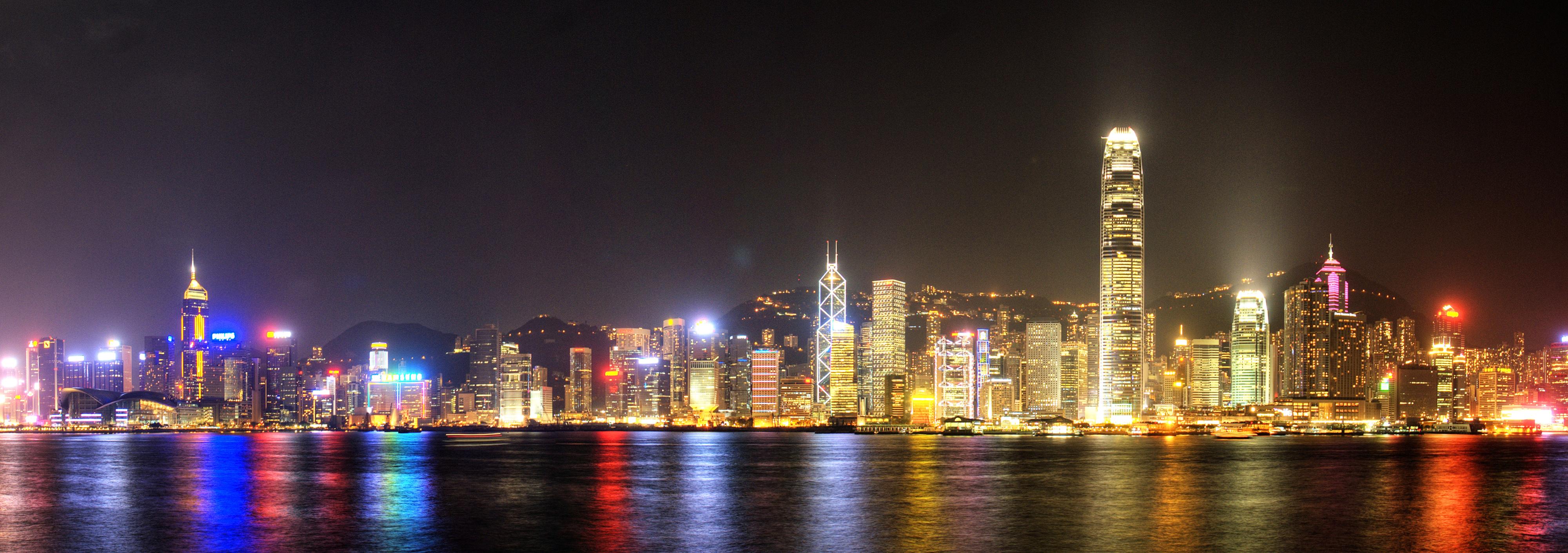 Panoramic_Hong_Kong_cityscape-_International_Finance_Centre,_Central_District._Hong_Kong,_China,_East_Asia